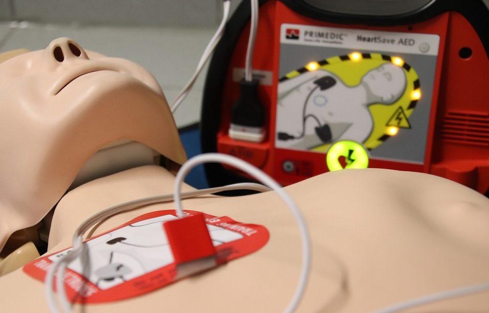 Een AED bedienen kan iedereen!