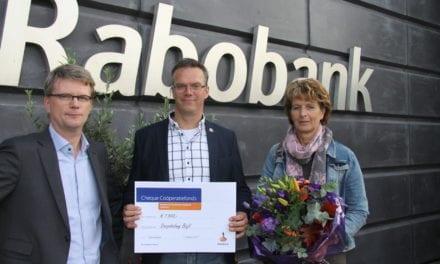 € 7500.- van Rabo Coöperatiefonds voor Brinkplein