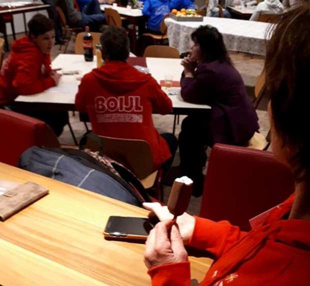 Hackathon team rood huiskamer2